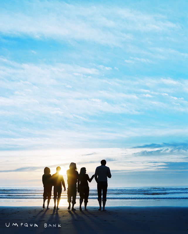 Group of friends on a fun sunset walk at the beach by authentic lifestyle and advertising photographer Anthony Georgis | www.anthonygeorgis.com